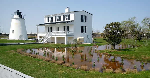 Piney-Point-Lighthouse-and-Museum2