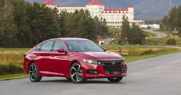 2018_Honda_Accord_Sport_2.0T_038