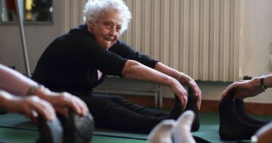 Light physical activity linked to lower risk of heart disease in older women