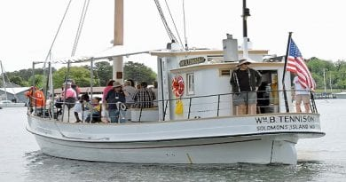 Historic sunset supper cruises at the Calvert Marine Museum