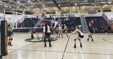 CSM Volleyball Triumphs over Trojans