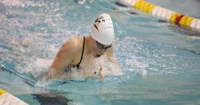 St. Mary's College Men's and Women's Swimming drop meets at McDaniel