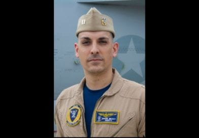 Chesapeake Beach U.S. Navy Pilot selected to lead U.S. Navy Rhino Demonstration Team