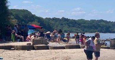 Overcrowding on Calvert Beach: Calvert Beach Civic Association of Calvert County